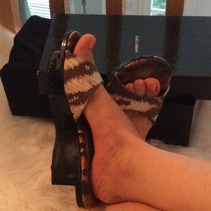 Very Unique Dolce & Gabbana Slides Box & Sleeper 5